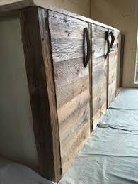 cuisine vieux bois meuble de réception en vieux bois et tablette en planches de pin