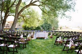 Wedding In Backyard by A Wedding In The Round Has Your Guests Surrounding You With Love