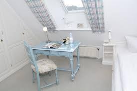 B O Schreibtisch 2 Zimmer Ferienwohnung Am Heidepark App 5 C In Wenningstedt