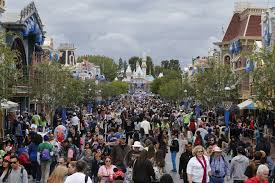 Map Universal Studios Hollywood Theme Park Crime Counterfeiters Prefer Disneyland Shoplifters