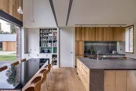 plancher cuisine bois design interieur cuisine ouverte salle manger plancher bois massif