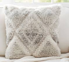 Loloi Pillows Dhurrie Style Pillow Leela Hand Woven Pillow Cover Pottery Barn 59 50 Wish List