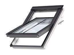 velux roof windows u0026 flashings windows travis perkins