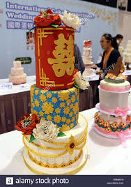 wedding cake hong kong hong kong china 2nd dec 2016 visitors view wedding cakes