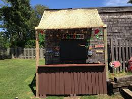 tiki bar made from pallets luau pinterest tiki bars