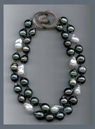 pearl necklace stores images 660 best jewelry pearls images necklaces pearl jpg