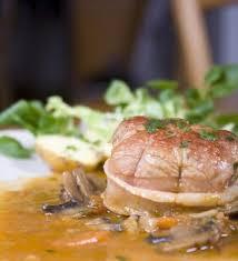 cuisiner des paupiette de veau paupiettes de veau à la crème et chignons recettes de cuisine