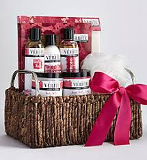 Spa Gift Sets Spa Gift Baskets Pampering Bath And Body Gift Sets 1800flowers Com