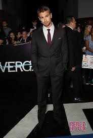 biography theo james major news for shailene woodley theo james the divergent sequel