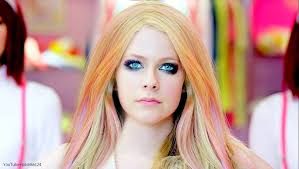 avril lavigne wallpaper hallo kitty pikerfan deviantart