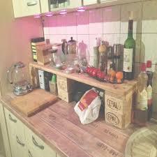 k che aus paletten europaletten küchenregal auf die arbeitsplatte selberbauen für