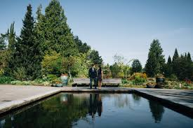 Vandusen Botanical Garden Wedding Vandusen Botanical Garden Engagement Session Vancouver Bc