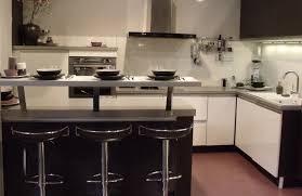 cuisine wengé décoration d une cuisine minérale
