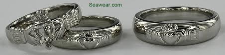 claddagh wedding ring set wedding rings