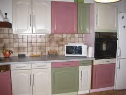relooking meuble de cuisine ides de moderniser une cuisine en bois galerie dimages