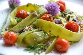 cuisiner des haricots plats salade de haricots plats kasha tomates cerises rôties et graines