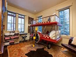 red plane kid beds
