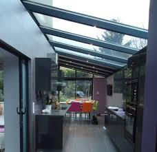 cuisine dans veranda une cuisine contemporaine vérandas lumbroso