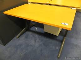 strafor bureau bureau merk steelcase strafor daan auctions