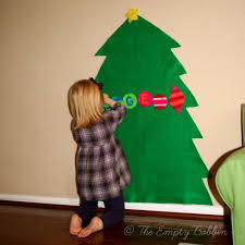 christmas tree crafts to make make cupcake liner christmas trees