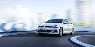 volkswagen hatch old volkswagen u0027s new golf and gti are packed with luxury car tech