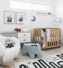 deco scandinave chambre déco lit enfant en bois à roulettes canapé scandinave à bascule