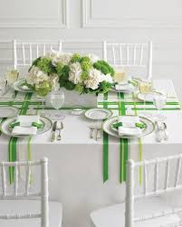 s day table centerpieces green color for st patrics day party table decoration green