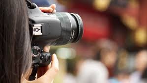 best digital camera for action shots and low light best beginning dslr camera for new photographers