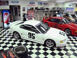 1995 mustang gt cobra 1995 ford mustang svt cobra r specs features lmr