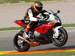 Bmw S1000rr Review 2013 2012 Bmw S1000rr First Ride Cycletrader Com