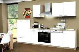 vaisselle cuisine armoire coulissante cuisine bloc cuisine avec plaques aclectriques