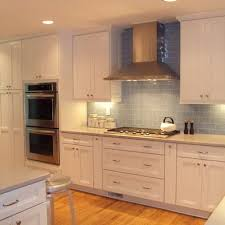 kraftmaid shaker style kitchen cabinets pin by crusie on lake cottage kitchen kraftmaid
