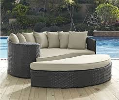Outdoor Patio Daybed Factory Direct Sale Discount Wicker Patio Furniture 2