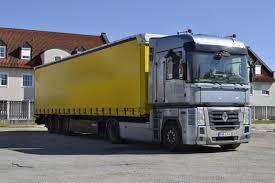 renault truck magnum meet the brilliant renault magnum