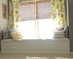 apartment home decor ideas on a low budget window seat decorating
