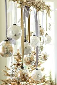 Christmas Decoration Ideas For Room by 114 Best Christmas Gold U0026 Silver Theme Images On Pinterest