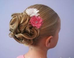 coiffure mariage enfant coiffure fille 90 idées pour votre princesse