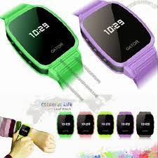 child bracelet tracker images How to choose the best gps smart watch for your children in 2018 jpg