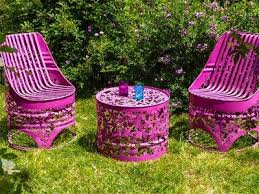 Salvaged Wood Pallets For Recycled Outdoor Furniture Ideas Front - Recycled outdoor furniture