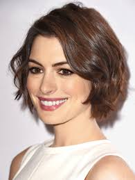 2015 women spring haircuts how to pull off the 3 hottest spring haircuts classic bob side