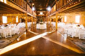 rustic wedding venues in ma smith barn room fits up to 240 but on 2 levels venues