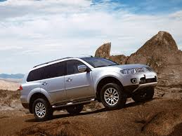 mitsubishi pajero generations technical specifications and fuel