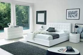 White Color Italian Bedroom Set With High Headboard Bed Montana - White leather headboard bedroom sets