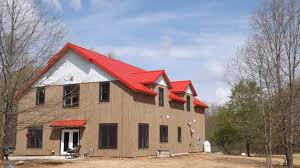 building a gambrel roof 179 barn designs and barn plans