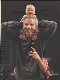 the bachelor u0027s sean lowe compares his bald headed 4 month old son
