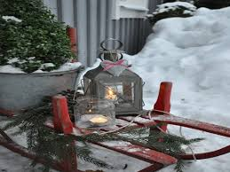 Diy Outdoor Christmas Decorations by Christmas Sled Decoration Great Outdoor Sled Decor Lovin 39