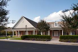 Frieda And Henry J Neils House Home Robinson Funeral Homes