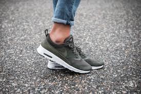 Nike Womens nike s air max thea cargo khaki medium olive 599409 309
