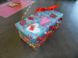 Valentine Shoe Box Decorating Ideas Easy Decorations For Valentine 39 S Day Valentine Box Decorating