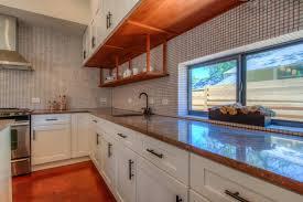 plinthe cuisine plinthe pour meuble de cuisine maison design cuisine plinthe pour